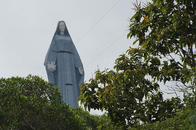 Monumento_a_la_Virgen_de_la_Paz_II